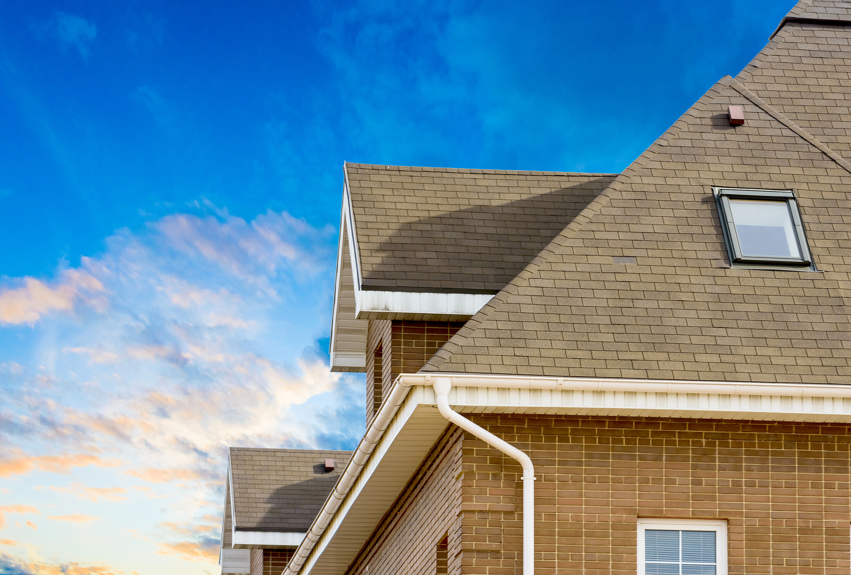 How To Choose The Best Roofing Shingles For Your Home ...