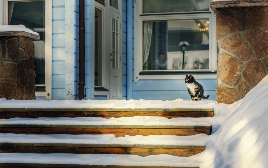 3 Considerations For Selling Your House in Winter